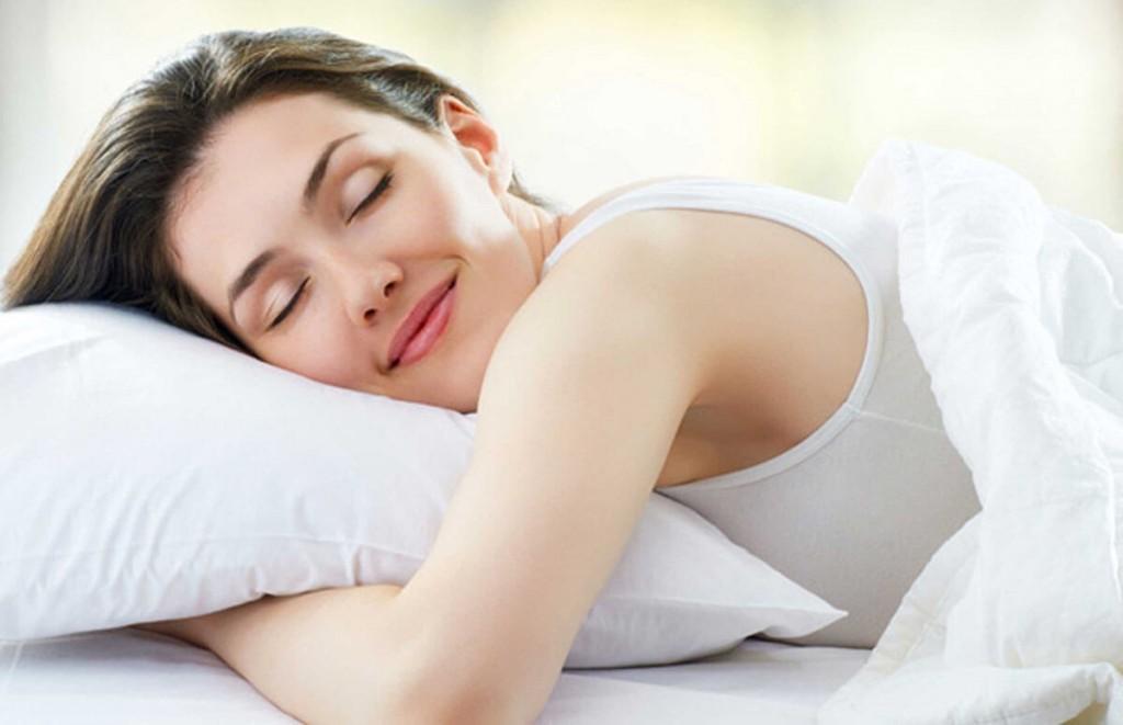 girl-sleeping-on-bed